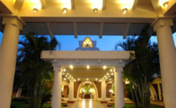 Hotel Ramada Carvela Beach Resort - Goa
